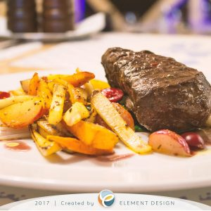 Kráľovský dvor hlavné jedlo steak