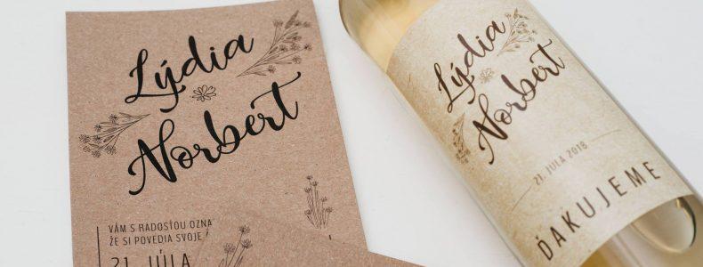Pozvánka a víno na svadbu
