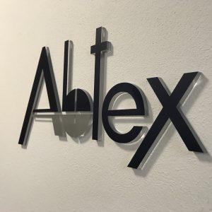 3D logo na stenu