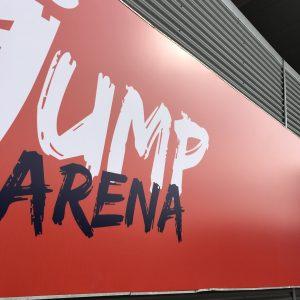 jump arena svetelný banner oc optima